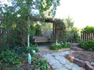 Photo 2: 12516 39 Avenue in Edmonton: Zone 16 House for sale : MLS®# E4142701