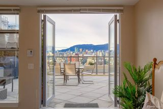"Photo 1: 605 2635 PRINCE EDWARD Street in Vancouver: Mount Pleasant VE Condo for sale in ""SOMA LOFTS"" (Vancouver East)  : MLS®# R2345121"