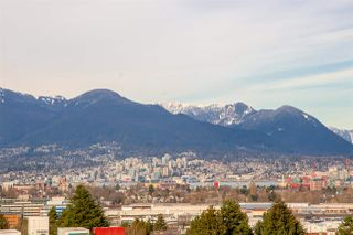 "Photo 4: 605 2635 PRINCE EDWARD Street in Vancouver: Mount Pleasant VE Condo for sale in ""SOMA LOFTS"" (Vancouver East)  : MLS®# R2345121"