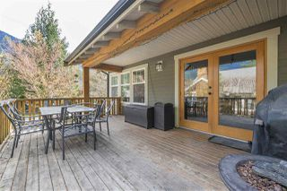 """Photo 15: 1880 HUCKLEBERRY Bend in Cultus Lake: Lindell Beach House for sale in """"THE COTTAGES AT CULTUS LAKE"""" : MLS®# R2356216"""