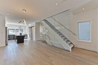 Photo 3: 10819 75 Avenue in Edmonton: Zone 15 House for sale : MLS®# E4151811