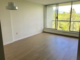 "Photo 3: 1606 2008 FULLERTON Avenue in North Vancouver: Pemberton NV Condo for sale in ""Woodcroft Estates"" : MLS®# R2370308"