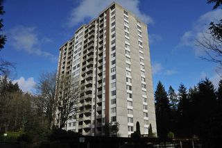 "Main Photo: 1606 2008 FULLERTON Avenue in North Vancouver: Pemberton NV Condo for sale in ""Woodcroft Estates"" : MLS®# R2370308"