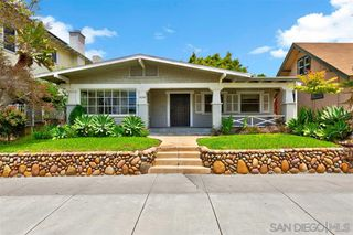 Photo 2: MISSION HILLS House for sale : 2 bedrooms : 2138 Fort Stockton Dr in San Diego