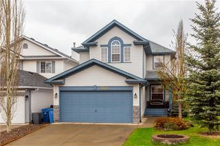 Photo 1: 3008 HIDDEN RANCH Way NW in Calgary: Hidden Valley Detached for sale : MLS®# C4245496