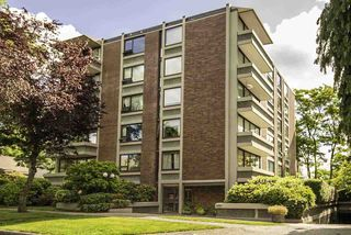 "Main Photo: 403 5350 BALSAM Street in Vancouver: Kerrisdale Condo for sale in ""BALSAM HOUSE"" (Vancouver West)  : MLS®# R2377642"