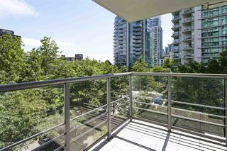 "Photo 10: 303 1710 BAYSHORE Drive in Vancouver: Coal Harbour Condo for sale in ""BAYSHORE GARDENS"" (Vancouver West)  : MLS®# R2386675"
