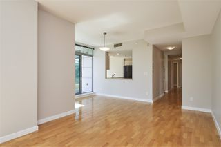 "Photo 2: 303 1710 BAYSHORE Drive in Vancouver: Coal Harbour Condo for sale in ""BAYSHORE GARDENS"" (Vancouver West)  : MLS®# R2386675"