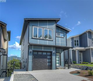Photo 1: 930 Peace Keeping Crescent in VICTORIA: La Walfred Single Family Detached for sale (Langford)  : MLS®# 413371