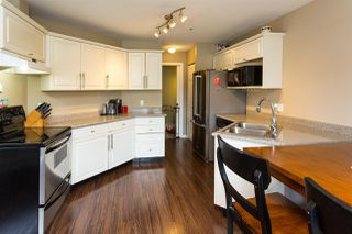 "Photo 4: 9 19991 53A Avenue in Langley: Langley City Condo for sale in ""Catherine Court"" : MLS®# R2391257"