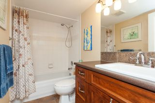 "Photo 29: 307 15941 MARINE Drive: White Rock Condo for sale in ""THE HERITAGE"" (South Surrey White Rock)  : MLS®# R2408083"