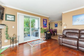 "Photo 8: 307 15941 MARINE Drive: White Rock Condo for sale in ""THE HERITAGE"" (South Surrey White Rock)  : MLS®# R2408083"