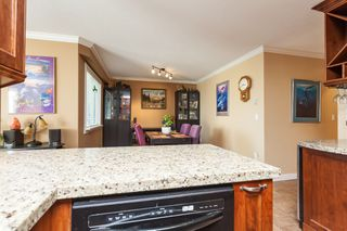 "Photo 18: 307 15941 MARINE Drive: White Rock Condo for sale in ""THE HERITAGE"" (South Surrey White Rock)  : MLS®# R2408083"