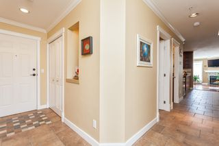 "Photo 6: 307 15941 MARINE Drive: White Rock Condo for sale in ""THE HERITAGE"" (South Surrey White Rock)  : MLS®# R2408083"