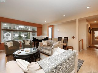 Photo 8: 1907 High Park Place in VICTORIA: SE Gordon Head Single Family Detached for sale (Saanich East)  : MLS®# 420398
