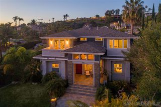 Photo 2: PACIFIC BEACH House for sale : 5 bedrooms : 1104 Agate St in San Diego