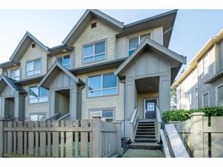 Main Photo: 122 2738 158 Street in Surrey: Grandview Surrey Townhouse for sale (South Surrey White Rock)  : MLS®# R2439432