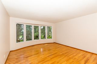 Photo 3: 620 WOLF WILLOW Road in Edmonton: Zone 22 House for sale : MLS®# E4197967