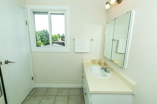 Photo 23: 620 WOLF WILLOW Road in Edmonton: Zone 22 House for sale : MLS®# E4197967