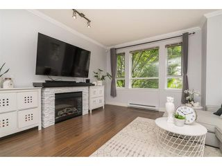 Photo 5: 101 7088 191 Street in cloverdale: Clayton Townhouse for sale (Cloverdale)  : MLS®# R2455841