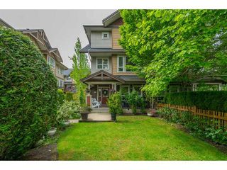 Photo 2: 101 7088 191 Street in cloverdale: Clayton Townhouse for sale (Cloverdale)  : MLS®# R2455841