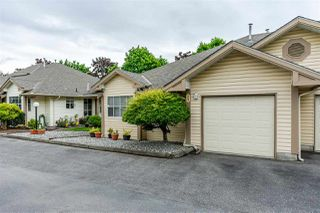 "Photo 2: 17 6140 192 Street in Surrey: Cloverdale BC Townhouse for sale in ""The Estates at Manor Ridge"" (Cloverdale)  : MLS®# R2464688"