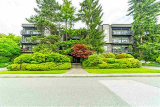 """Main Photo: 310 150 E 5TH Street in North Vancouver: Lower Lonsdale Condo for sale in """"Normandy House"""" : MLS®# R2477775"""