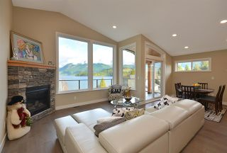 Photo 9: 6532 N GALE Avenue in Sechelt: Sechelt District House for sale (Sunshine Coast)  : MLS®# R2526700