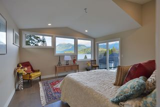 Photo 10: 6532 N GALE Avenue in Sechelt: Sechelt District House for sale (Sunshine Coast)  : MLS®# R2526700