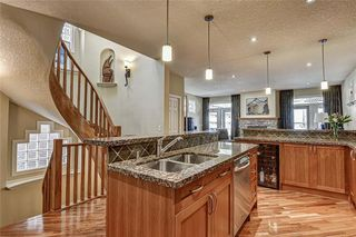 Photo 7: 2724 7 Avenue NW in Calgary: West Hillhurst Semi Detached for sale : MLS®# A1052629