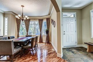Photo 4: 2724 7 Avenue NW in Calgary: West Hillhurst Semi Detached for sale : MLS®# A1052629