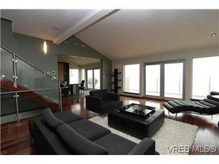 Photo 3: 5039 Cordova Bay Rd in VICTORIA: SE Cordova Bay Single Family Detached for sale (Saanich East)  : MLS®# 565401