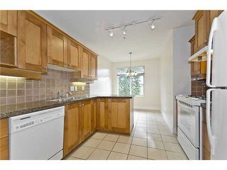 """Photo 5: 218 3188 W 41ST Avenue in Vancouver: Kerrisdale Condo for sale in """"Lanesborough"""" (Vancouver West)  : MLS®# V906139"""