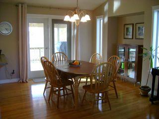 Photo 3: 207 2ND Avenue South in NIVERVILLE: Glenlea / Ste. Agathe / St. Adolphe / Grande Pointe / Ile des Chenes / Vermette / Niverville Residential for sale (Winnipeg area)  : MLS®# 1121684