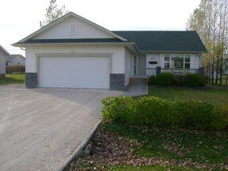 Photo 1: 207 2ND Avenue South in NIVERVILLE: Glenlea / Ste. Agathe / St. Adolphe / Grande Pointe / Ile des Chenes / Vermette / Niverville Residential for sale (Winnipeg area)  : MLS®# 1121684