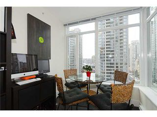 """Photo 5: # 1009 888 HOMER ST in Vancouver: Yaletown Condo for sale in """"THE BEASLEY"""" (Vancouver West)  : MLS®# V927013"""
