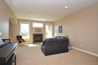 Photo 9: 191 Holly Drive in Oakbank: Single Family Detached for sale (RM Springfield)  : MLS®# 1211160