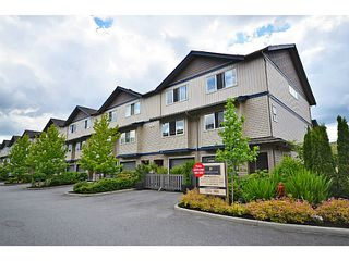"Photo 2: 10 1268 RIVERSIDE Drive in Port Coquitlam: Riverwood Townhouse for sale in ""SOMERSTON LANE"" : MLS®# V1045102"