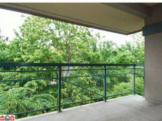 "Photo 8: 301 15185  22ND AV in Surrey: Sunnyside Park Surrey Condo for sale in ""Villa Pacific"" (South Surrey White Rock)  : MLS®# F1114639"