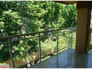 "Photo 7: 301 15185  22ND AV in Surrey: Sunnyside Park Surrey Condo for sale in ""Villa Pacific"" (South Surrey White Rock)  : MLS®# F1114639"