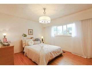 Photo 8: 2130 GERALD Avenue in Burnaby: Montecito House for sale (Burnaby North)  : MLS®# V1127017