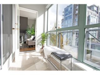 "Photo 15: PH17 511 W 7TH Avenue in Vancouver: Fairview VW Condo for sale in ""BEVERLY GARDENS"" (Vancouver West)  : MLS®# R2001125"