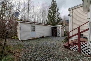 "Photo 20: 29 41168 LOUGHEED Highway in Mission: Dewdney Deroche Manufactured Home for sale in ""OASIS COUNTRY ESTATES"" : MLS®# R2042355"