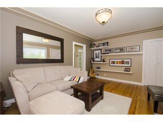 Photo 3: 8723 34 Avenue NW in Calgary: Bowness House for sale : MLS®# C4053792