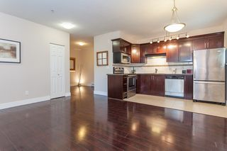 Photo 3: 2 8400 COOK Road in Richmond: Brighouse Condo for sale : MLS®# R2050554