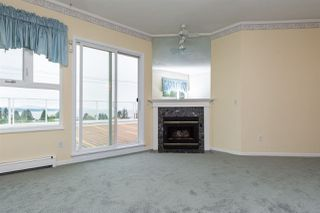 "Photo 4: 401 15367 BUENA VISTA Avenue: White Rock Condo for sale in ""The Palms"" (South Surrey White Rock)  : MLS®# R2070302"