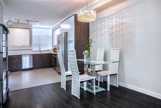 Photo 1: 105 7533 GILLEY Avenue in Burnaby: Metrotown Townhouse for sale (Burnaby South)  : MLS®# R2078650