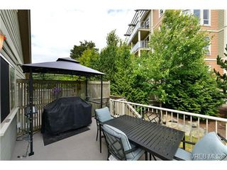 Photo 4: 24 127 Aldersmith Place in VICTORIA: VR Glentana Townhouse for sale (View Royal)  : MLS®# 368134