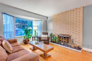 Photo 2: 2050 ORLAND Drive in Coquitlam: Central Coquitlam House for sale : MLS®# R2109198