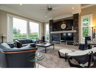 """Photo 3: 19624 69A Avenue in Langley: Willoughby Heights House for sale in """"Camden Park"""" : MLS®# R2117058"""